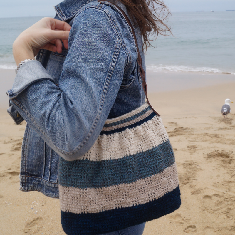 Along the Shore crochet bag pattern by Grace McCutcheon