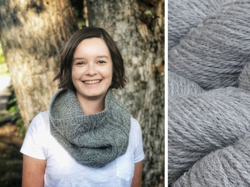 Daniela is wearing a Dubwath cowl in mid-grey.