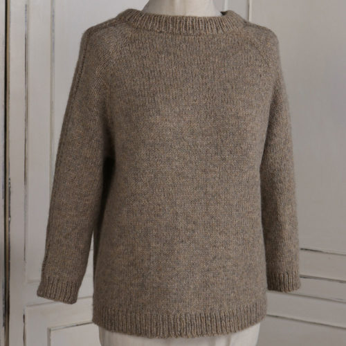 Front of the Rannerdale raglan pullover pattern